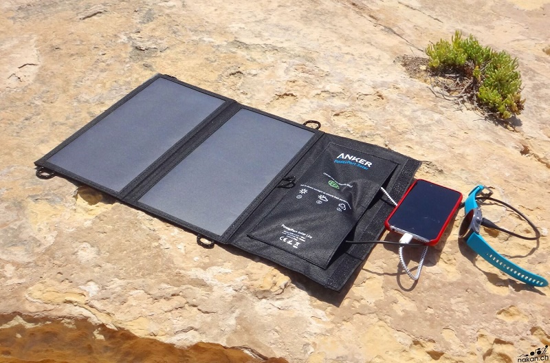 Solar charger mobile