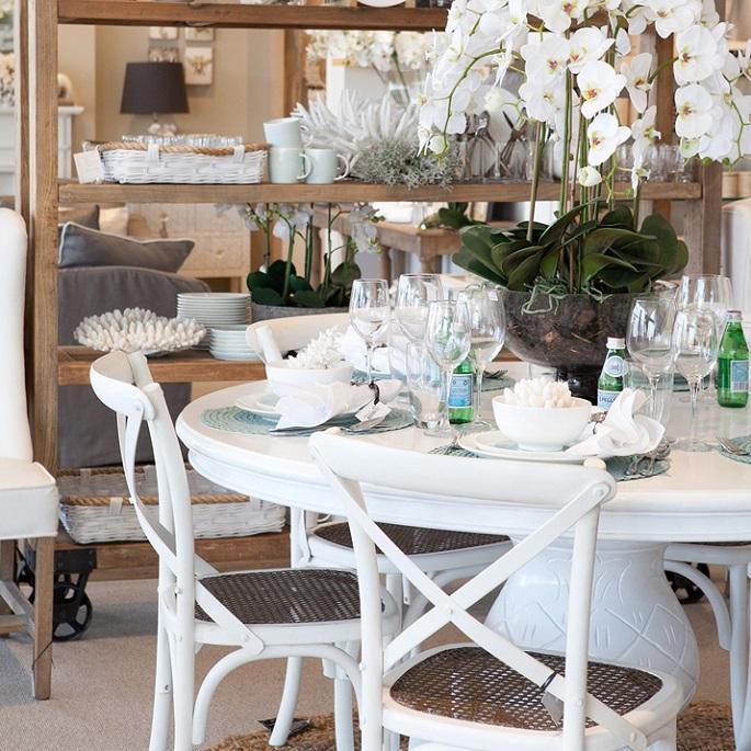 White Hamptons Dining Room