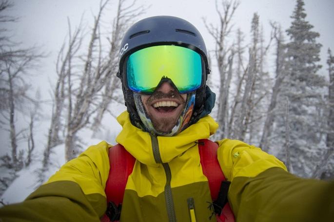snowboard goggles ventilation