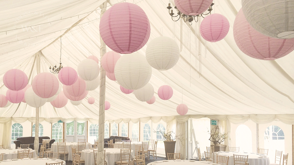 Brighten Up Your Wedding Day with Paper Lanterns