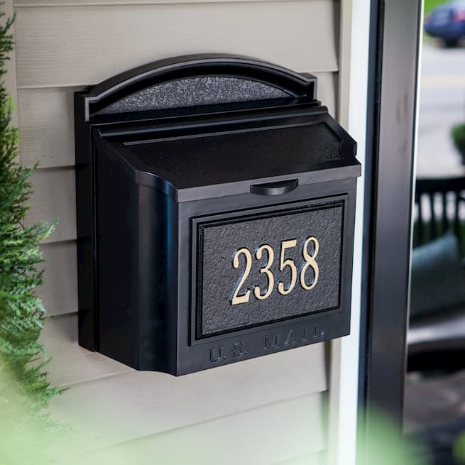 the wall mount mailbox