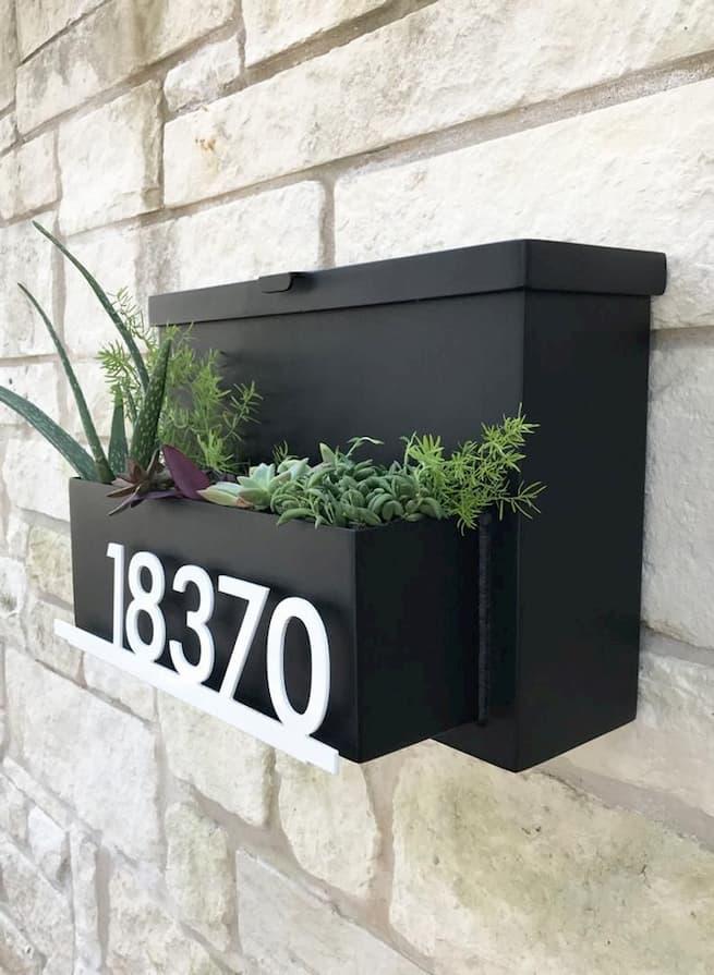 wall mount mailbox
