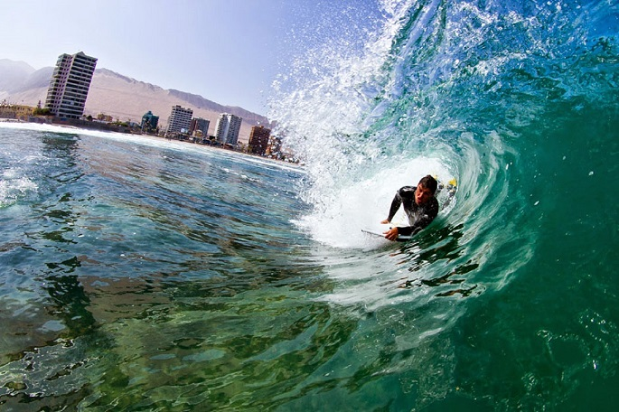 close up picture of bodyboarder
