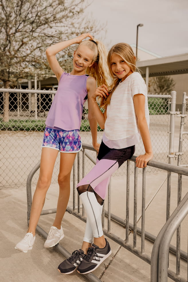 young-girls-in-activewear