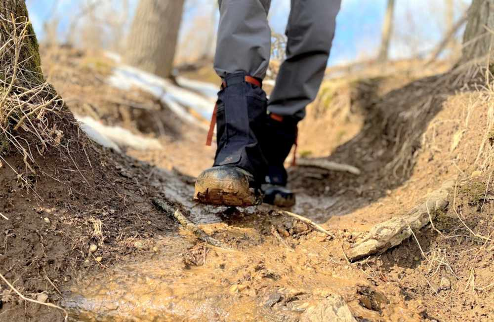 Ankle Gaiters: Protect Your Feet from Moisture While on Hike or Walk